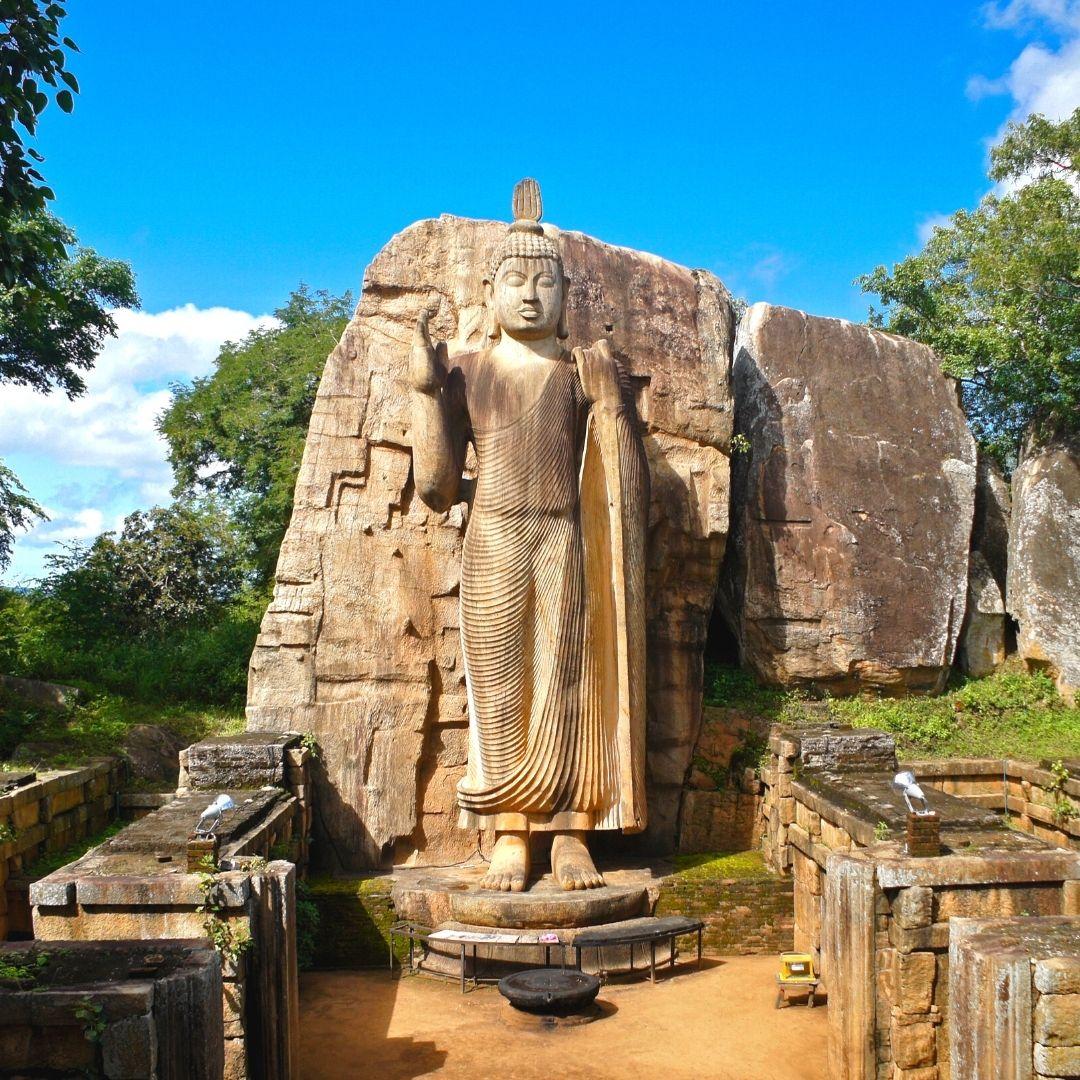 Aukana Buddha Statue - Anuradhapura, Sri Lanka