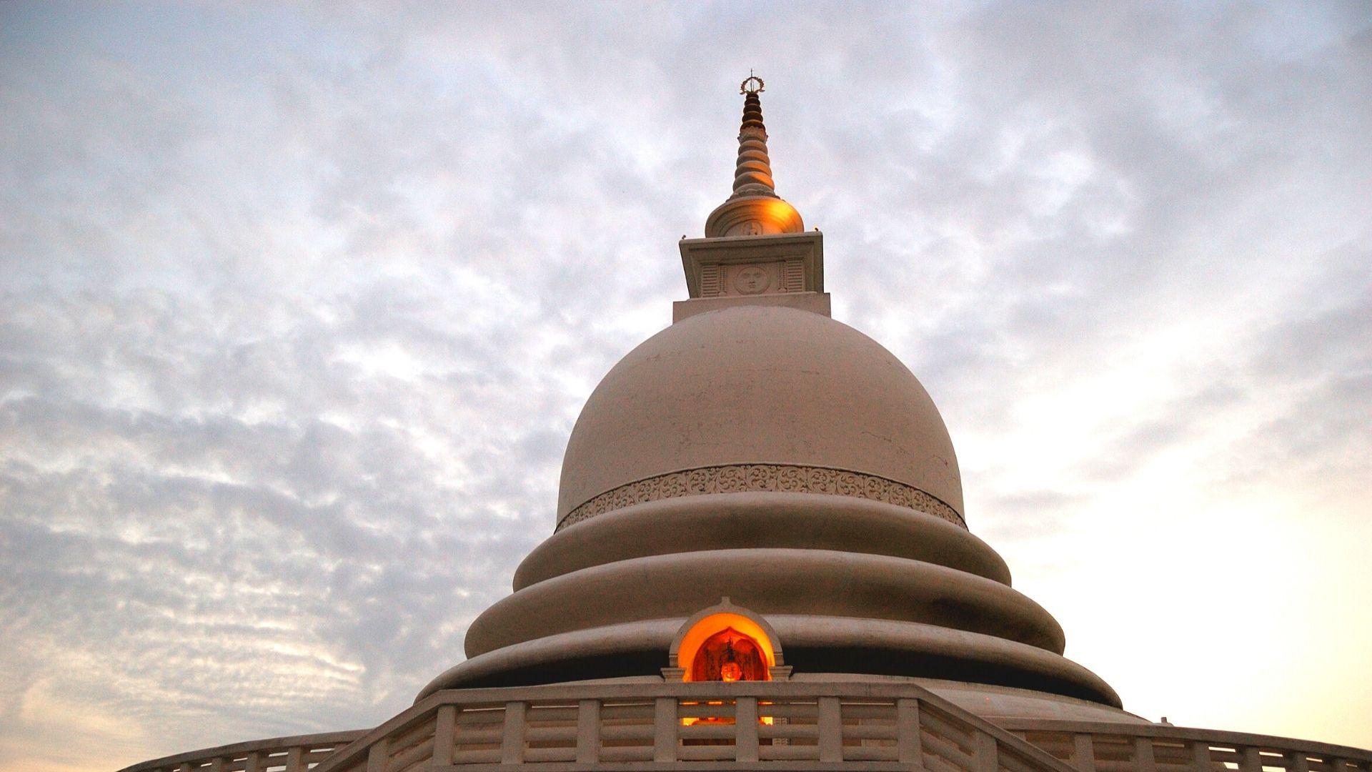 Unawatuna The Peace Pagoda